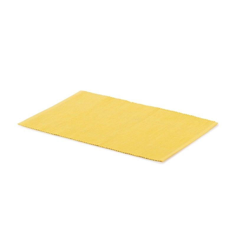 Rebrasti pogrinjek iz 100 % bombaža odlično zaščiti vašo mizo pred madeži, hkrati pa je čudovit okras za vašo jedilnico in mizo. Rebrast dizajn pogrinjka bo mizo naredil še bogatejšo in lepšo, z njim pa boste zagotovo očarali tudi svoje goste. Rebrasta površina omogoča boljši oprijem kot navadna gladka, tako da bodo krožniki in kozarci na pogrinjku bolj stabilni. Enostavno vzdrževanje omogoča, da boste brez težav odstranili madeže od hrane ali polite pijače. Pogrinjek je pralen na 40 °C.