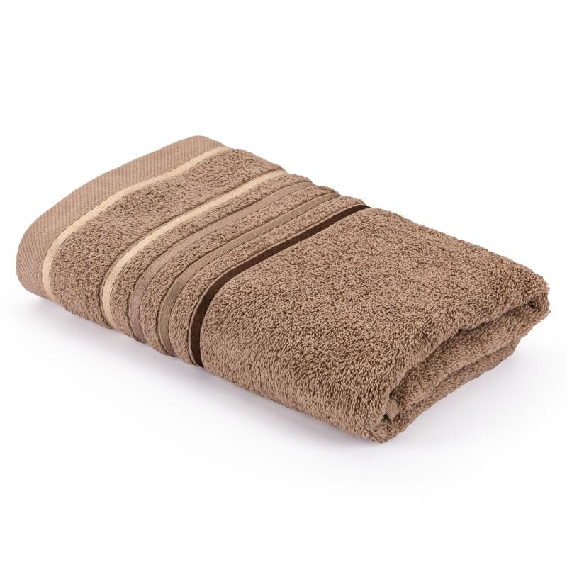 Kakovostna kopalniška brisača Svilanit Rainbow je izdelana iz naravnega 100 % bombaža. Odtenek rjave barve z dekorativno borduro bo navdušil vse ljubitelje zemeljskih odtenkov. Brisača je pralna v pralnem stroju na 60 °C in primerna tudi za sušenje v sušilnem stroju. Odlična izbira za vse z občutljivo kožo. Doživite nepozabno razkošje v svoji kopalnici!
