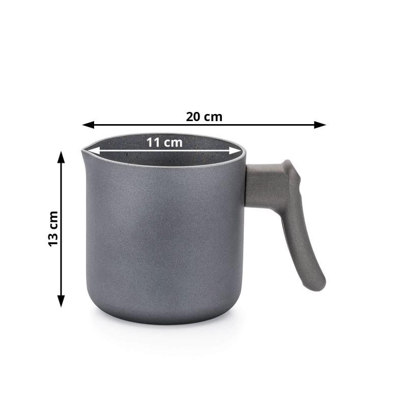 Lonček za mleko Gold Stone premera 11 cm z učinkom kuhanja na vročem kamnu in neoprijemljivim gladkim mineralnim premazom omogoča naraven način kuhanja, z malo maščobami. Hrana tako zadrži vse potrebne vitamine in minerale, ki jih naše telo potrebuje za zdrav način življenja. Primeren je za vsa kuhališča, razen za indukcijo, enostaven za pomivanje, tudi v pomivalnem stroju. Vsa posoda iz linije Gold Stone temelji na večslojni sestavi, s čimer je zagotovljena dolga življenjska doba ter visoka stopnja odpornosti in vzdržljivosti posode.