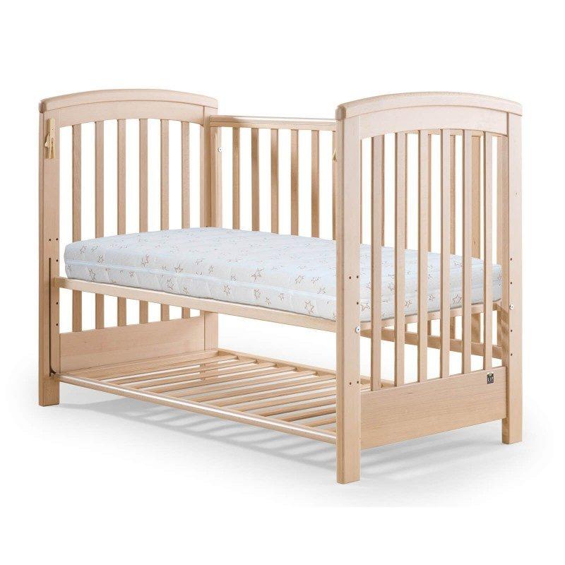 Napredno otroško ležišče Junio Bamboo je visoko 10 cm in omogoča popolno podporo telesu vašega otroka in pravilno lego hrbtenice. Obračljivo jedro je sestavljeno iz dveh plasti, mehkejše in čvrstejše poliuretanske pene, ki sledi otrokovemu razvoju. Ležišče lahko preprosto obrnete in poskrbite za optimalno podporo telesa glede na otrokovo rast. Tkanina prevleke vsebuje naravna bambusova vlakna, ki vzpostavijo suho in sveže spalno okolje. Prevleka ležišča je snemljiva in pralna na 40 °C.