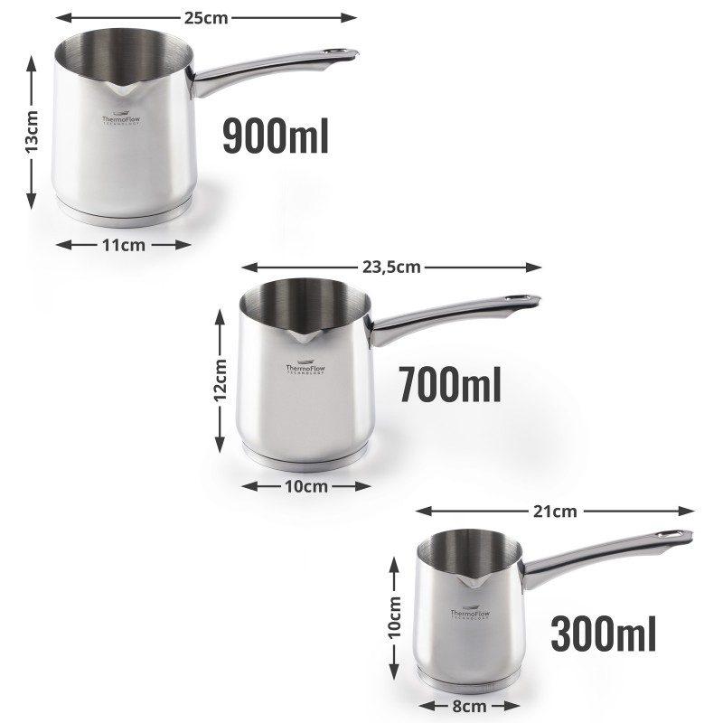 Jekleno džezvo Pour&Cook premera 10 cm in prostornine 700 ml odlikuje neuničljivo jeklo 18/10 s 3-slojnim dnom, ki omogoča hitro in enakomerno segrevanje ter krajši čas kuhanja. Tehnologija ThermoFlow poskrbi za odlično razporeditev toplote po celotni površini posode in s tem za enakomerno kuhanje. Primerna je za vsa kuhališča, tudi indukcijo, enostavna za pomivanje, tudi v pomivalnem stroju.