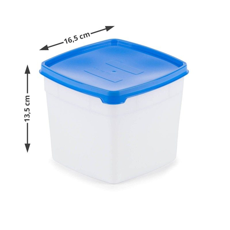 Set dveh večjih posod s pripadajočimi pokrovi za shranjevanje in zamrzovanje Rosmarino vam bo pomagal pri organizaciji v vašem zamrzovalniku. Pri zamrznjenih živilih se pogosto soočamo z vprašanjem, za katero živilo gre in kdaj je bilo postavljeno v zamrzovalnik. Set posod za zamrzovanje vam bo olajšal delo, saj ima na pokrovu vsaka posoda posebne označevalce, na katere lahko napišete datum in ime živila, ki ga dajete v skrinjo. Posoda je zasnovana tako, da prenese nizke temperature do -40 °C. Pokrov, ki tesni, pa omogoča, da shranjena živila dlje časa ohranijo rok uporabe in se ne mešajo z drugimi živili znotraj zamrzovalnika.