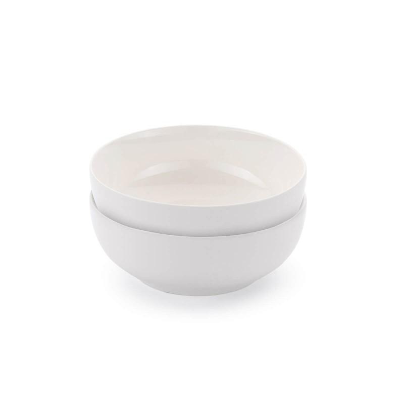 Linija porcelana Rosmarino Cucina Bianca navdušuje s svojim dovršenim dizajnom in snežno belino za brezmejno eleganco. Uživajte v svojih najljubših obrokih! Mala servirna skleda je izdelana iz visokokakovostnega in vzdržljivega porcelana. V njej lahko servirate kosmiče, jogurt, sadje, solato ali pa manjše prigrizke. Gladek in sijoč porcelan bo dodal vaši mizi klasično lepoto in dodano vrednost ter bo zagotovo navdušil tako domače kot goste. Porcelan s svojim videzom ni primeren le za domačo uporabo, ampak se s svojim prefinjenim izgledom odlično poda tudi v okolje profesionalne kuhinje.