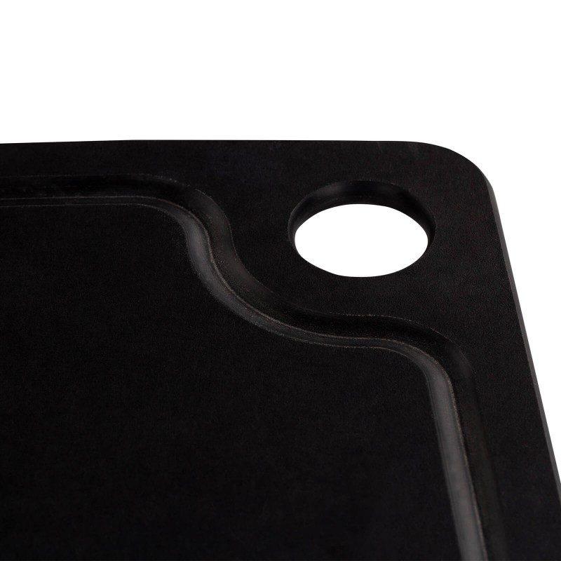 Nova generacija desk za rezanje! Večja kompozitna deska Rosmarino združuje vse pozitivne lastnosti lesenih in plastičnih desk. Že po prvi uporabi bo postala nepogrešljivi pripomoček v domači kuhinji. Izdelana je iz kompozitnega materiala, iz lesnih vlaken, ki so stisnjena skupaj pod visokim pritiskom. Ker so vlakna pod visokim pritiskom med sabo tesno prepletena, je deska izjemno trpežna, se ne zvije in ne poči, čeprav je tanka in zelo lahka. Njena površina je odporna tudi na ureznine nožev, ki deske ne poškodujejo. Zaradi izjemne trpežnosti je odporna tudi proti visokim temperaturam do 175 °C. Na robu deske je luknja, ki služi za lažje prenašanje in enostavnejše shranjevanje, po celotnem robu pa je tudi kanal za odtekanje odvečne tekočine. Čiščenje je enostavno pod tekočo vodo, pralna pa je tudi v pomivalnem stroju. Kompozitno desko lahko v celoti reciklirate.