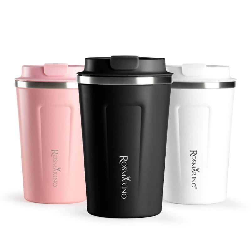 Termo lonček za kavo ali čaj Rosmarino iz kakovostnega nerjavečega jekla z dvojno izolirano steno ohranja tekočino hladno do 8 ur in toplo do 4 ur. Lonček za večkratno uporabo je najboljša alternativa lončkom za enkratno uporabo, ne vsebuje petrokemikalij in BPA, ne pušča umetnega okusa na pijači. Lonček prostornine 350 ml je idealne velikosti za vašo najljubšo kavo, čaj ali drug napitek na poti. Zahvaljujoč pokrovčku, lonček preprečuje polivanje in 100 % tesni. Primeren je za večino avtomobilskih držal za lončke.