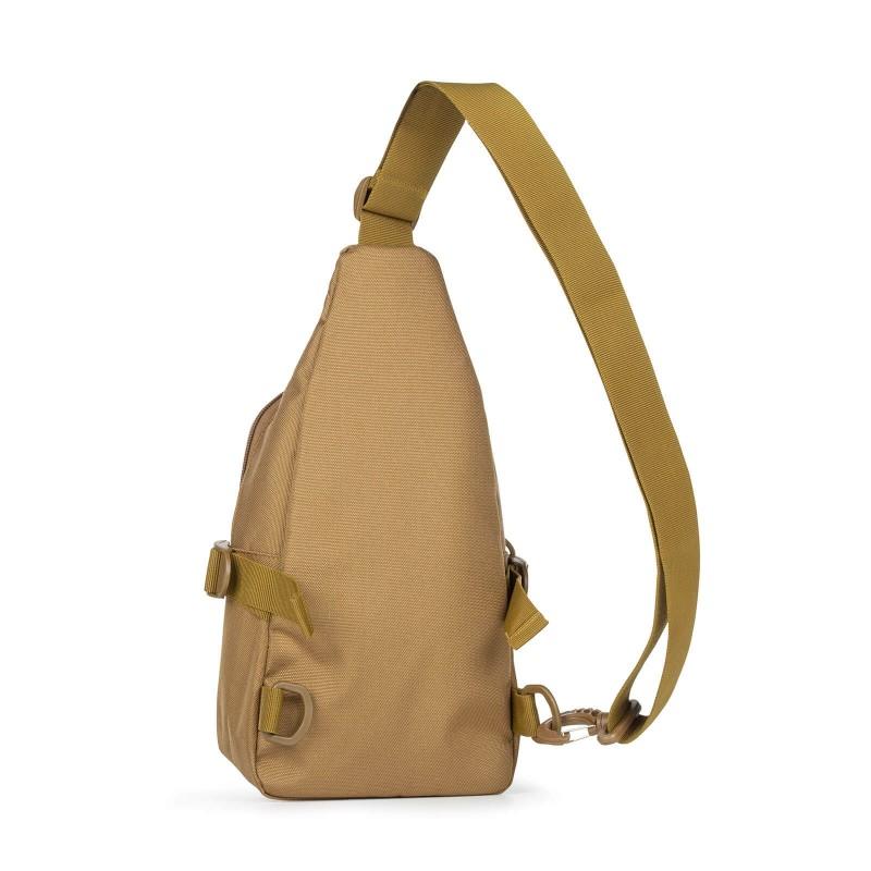 Čezramenska torba NES Adventure je idealna za vsakdanje aktivnosti. Zahvaljujoč priročni velikosti jo lahko izkoristite za pregledno organiziranje vaših predmetov. Glavni predal je največji, dodatna sprednja pa sta kot nalašč za manjše predmete. Prilagodljiva naramica skrbi, da bo nošenje torbice še lažje in boste čezramensko torbico lahko nosili na levi ali desni roki, ali pa si jo namestili na prsni del in poskrbeli za varnost vaših predmetov. Narejena je iz trpežnega, vodoodbojnega materiala, ki ne zahteva posebnega vzdrževanja in se ga lahko zelo preprosto čisti.