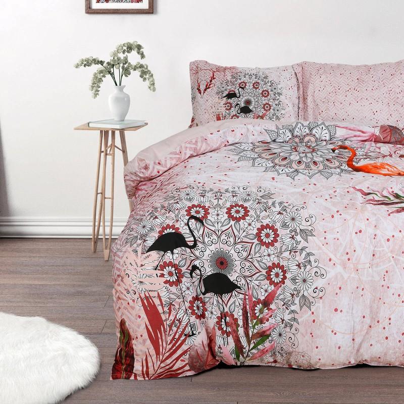 Čas je za popolno razvajanje z moderno bombažno posteljnino! Posteljnina Sierra je iz mehkega bombažnega satena, ki je stkan iz visokokakovostne, tanke preje. Posteljnina iz satena je tako čudovit okras vaše spalnice in hkrati odlična izbira za udoben in prijeten spanec. Naj vas očara moderen dizajn z ornamentalnimi vzorci. Posteljnina je pralna na 40 °C.