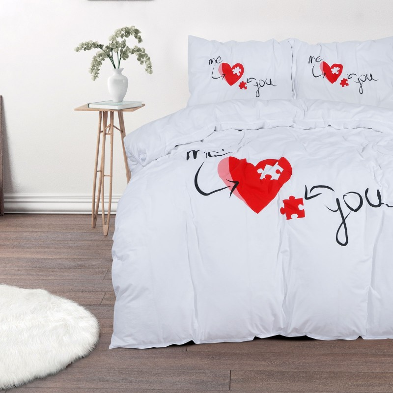 Čas je za popolno razvajanje z moderno bombažno posteljnino! Posteljnina Puzzle Love je iz renforce platna, ki velja za lahko, mehko tkanino, preprosto za vzdrževanje. Naj vas očara moderen dizajn z motivom srca. Posteljnina je pralna na 40 °C.