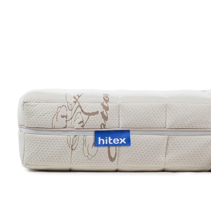 7 consko ležišče iz lateksa Hitex Cottanic Lux Comfort je visoko 20 cm in poskrbi za popolno podporo vašega telesa in udobje ter zagotavlja, da se boste zjutraj zbudili spočiti in naspani. Jedro iz 100 % lateksa poskrbi za popolno prilagoditev telesu in spalnemu položaju, zraven tega pa lateks vzdržuje optimalno temperaturo in pretok zraka v ležišču. Ležišče je nadgrajeno z dodatno piramidno strukturo iz lateksa za točkovno razbremenitev telesa. Prevleka ležišča je snemljiva in pralna na 30 °C.