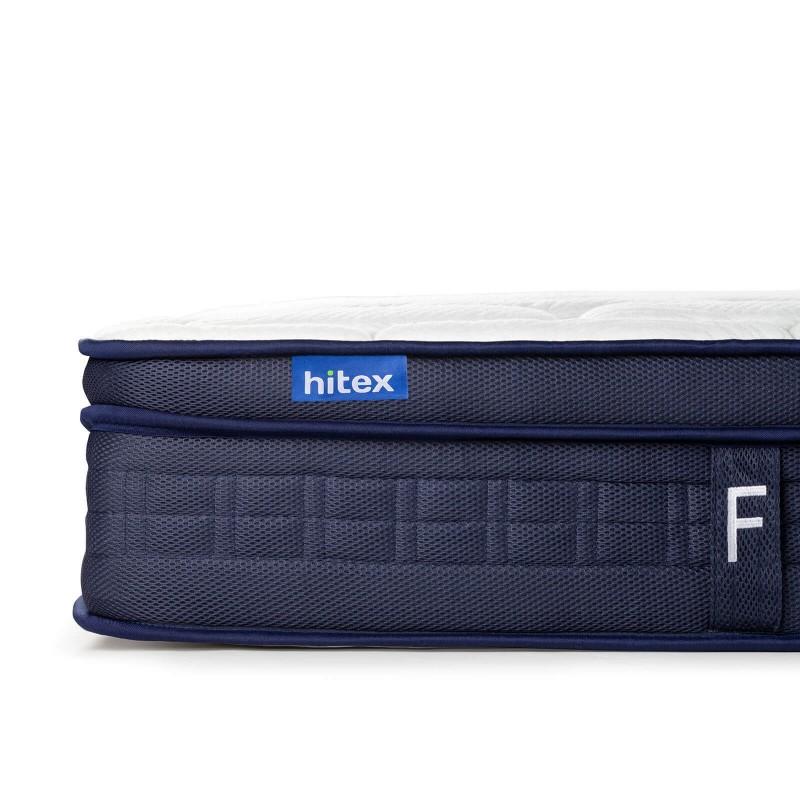 7-consko žepkasto ležišče Hitex Zero Gravity 24 Regular je visoko 24 cm in poskrbi za popolno podporo vašega telesa in udobje ter zagotavlja, da se boste zjutraj zbudili spočiti in naspani. Ležišče je kot nalašč za ljubitelje srednje trdih ležišč. Samostojne žepkaste vzmeti v kombinaciji z dodatno plastjo srednje trde elastične pene v jedru, 3 plasti poliuretanske pene v prevleki ležišča poskrbijo za njegovo popolno prilagoditev, zagotavljajo pravilno lego telesa in vam nudijo sproščujoč spanec.