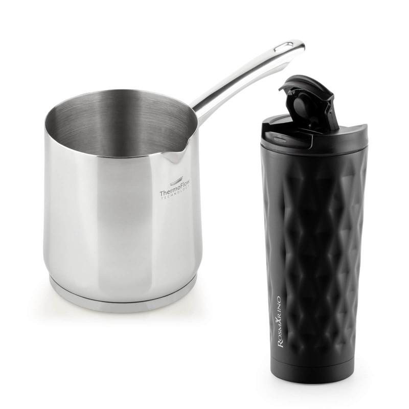 Jekleno džezvo Pour&Cook premera 11 cm in prostornine 900 ml odlikuje neuničljivo jeklo 18/10 s 3-slojnim dnom, ki omogoča hitro in enakomerno segrevanje ter krajši čas kuhanja. Tehnologija ThermoFlow poskrbi za odlično razporeditev toplote po celotni površini posode in s tem za enakomerno kuhanje. Primerna je za vsa kuhališča, tudi indukcijo, enostavna za pomivanje, tudi v pomivalnem stroju. Termo lonček za kavo ali čaj Rosmarino iz kakovostnega nerjavečega jekla z dvojno izolirano steno ohranja tekočino hladno do 8 ur in toplo do 4 ur. Lonček za večkratno uporabo je najboljša alternativa lončkom za enkratno uporabo, ne vsebuje petrokemikalij in BPA, ne pušča umetnega okusa na pijači. Večji lonček prostornine 500 ml je idealne velikosti za vašo najljubšo kavo, čaj ali drug napitek na poti. Eleganten pridih moderno zasnovanega lončka doda geometrična tekstura. Zahvaljujoč pokrovčku, lonček preprečuje polivanje in 100 % tesni.
