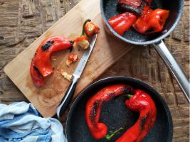 Recept za juho iz pečene rdeče paprike