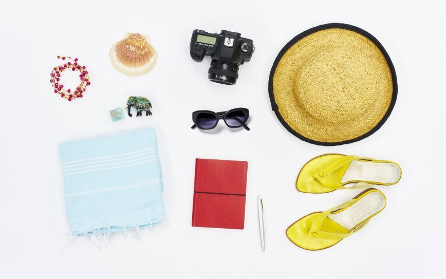 Kaj vzeti s seboj za na plažo? Devet izdelkov, ki jih ne smeš pozabiti doma
